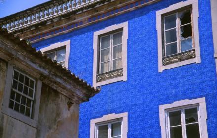 Sentra blue tile