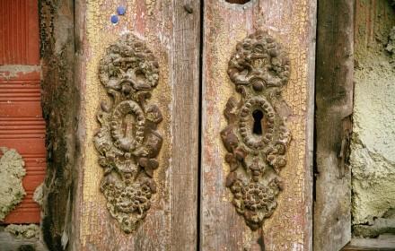 Keyholes